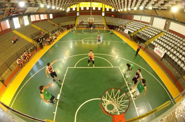 Estadio Cubierto del Colegio Corazón de María panoramica1