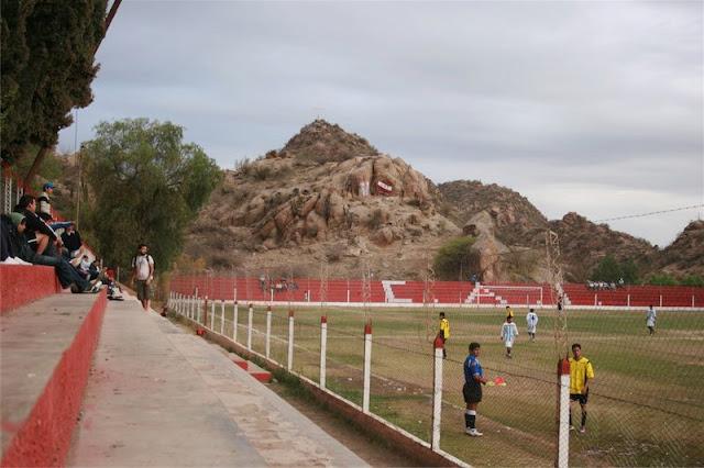 cancha de Independiente de Chilecito tribuna3