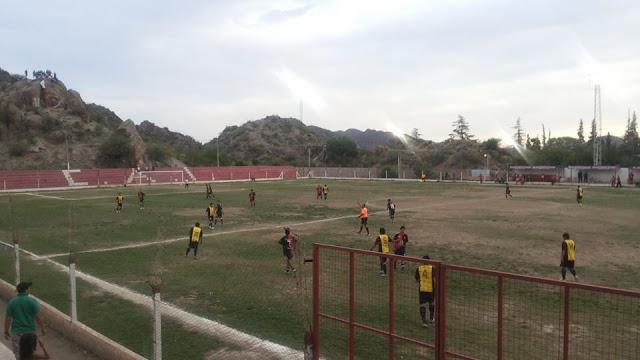 cancha de Independiente de Chilecito tribuna1