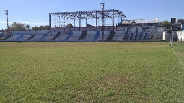 cancha Peñarol Paraná tribuna1