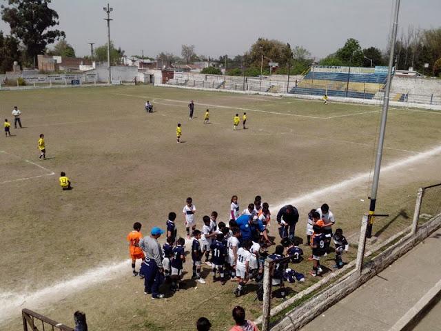 cancha de Villa Mitre de Tafí Viejo tribuna1