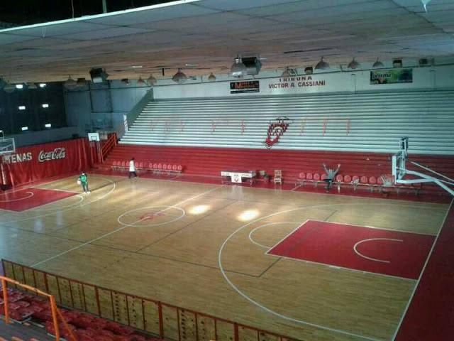 Atenas La Plata tribuna