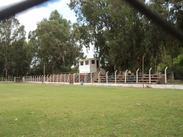 cancha de Facundo de Villa Unión tribunas