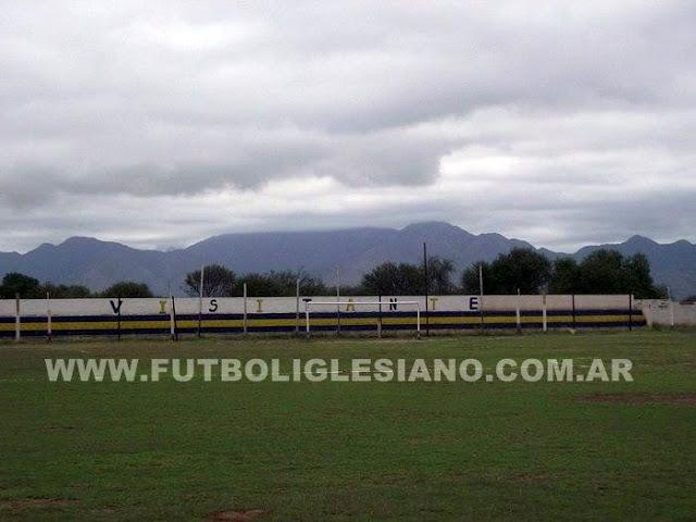 cancha de Deportivo Progreso de Tinogasta tribuna2