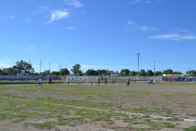 cancha de Argentinos del Norte de General Roca3