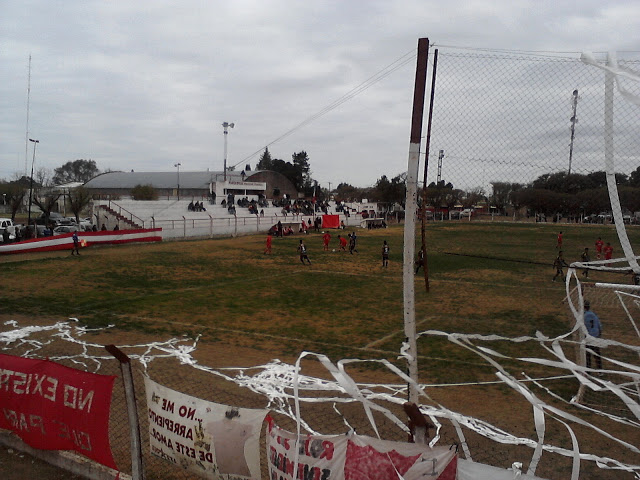 cancha de Atlético Macachín platea