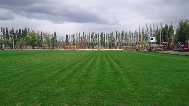 06cancha de Deportivo Samiento de Chubut