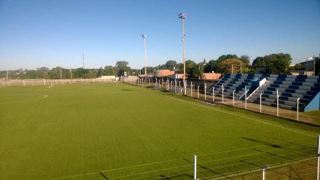 cancha de Deportivo 25 de Mayo de Victoria5