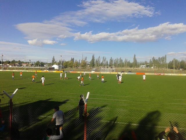cancha de Deportivo Samiento de Chubut3