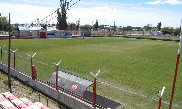 cancha de Deportivo Samiento de Chubut4