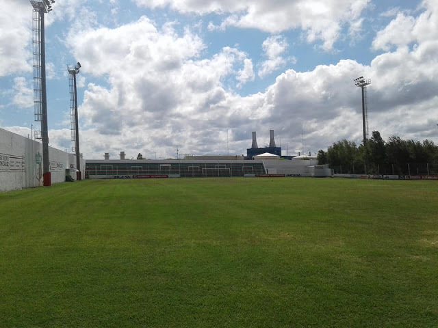 Estadio Juventud Unida Río Cuarto tribuna