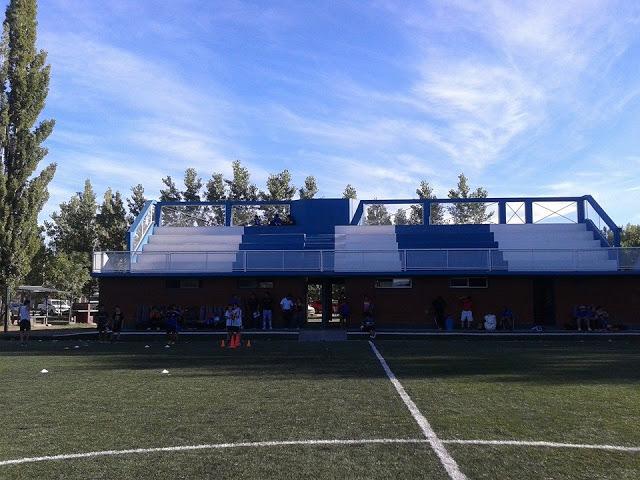 estadio Rincón de los Sauces tribuna