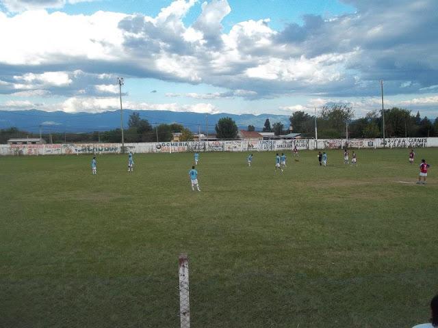 cancha de Deportivo Trancas3
