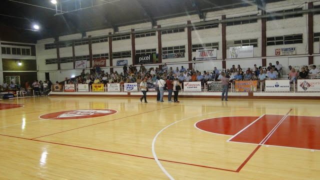 Estadio cubierto de Unión de Goya3