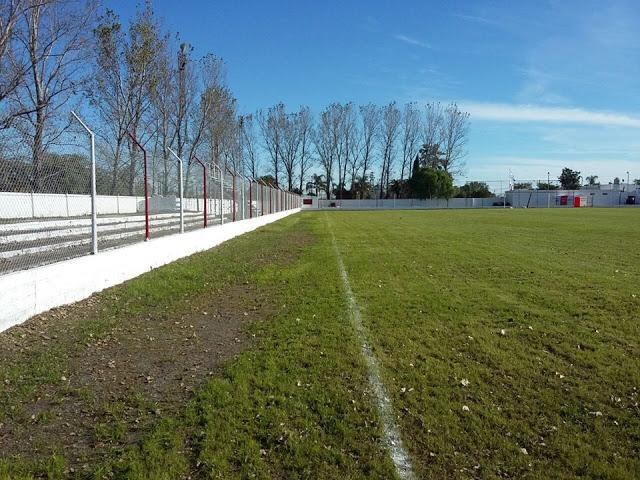 cancha de Atlético Hasenkamp6