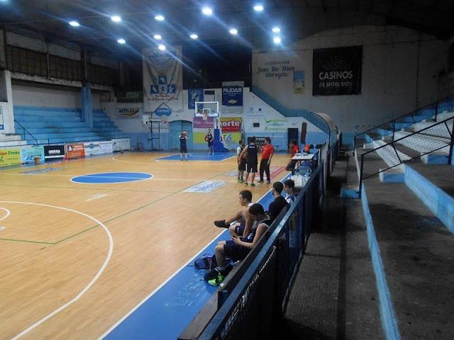 Estadio cubierto de Ferrocarril de Concordia2