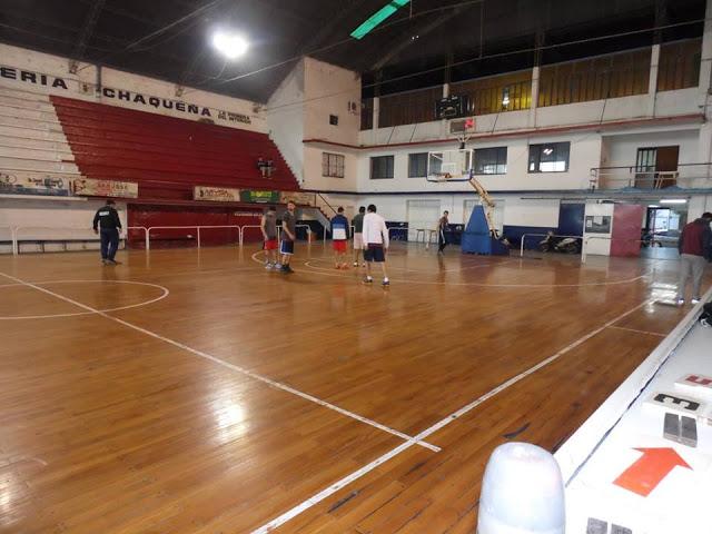 Estadio cubierto de Villa San Martín de Resistencia2