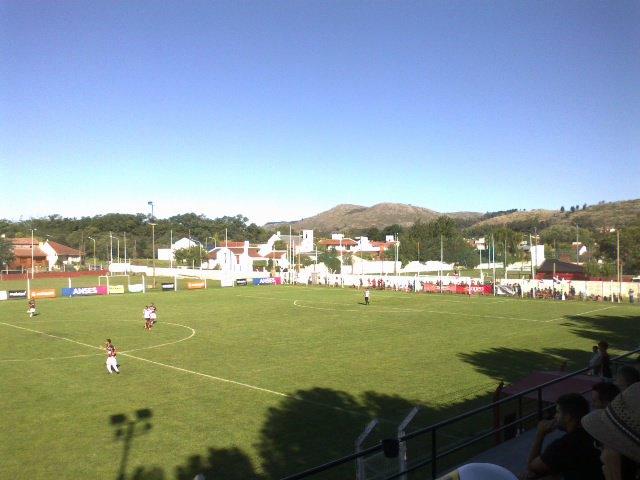 cancha de Independiente de Tandil1