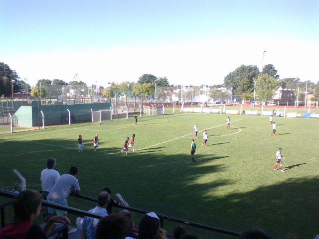 cancha de Independiente de Tandil3