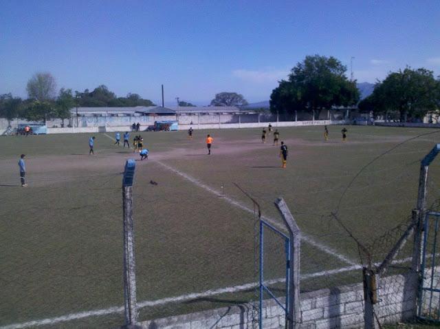 cancha de Olimpia Oriental de Rosario de Lerma1