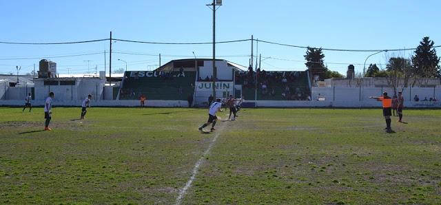 01cancha de Escuela Deportiva de Junín