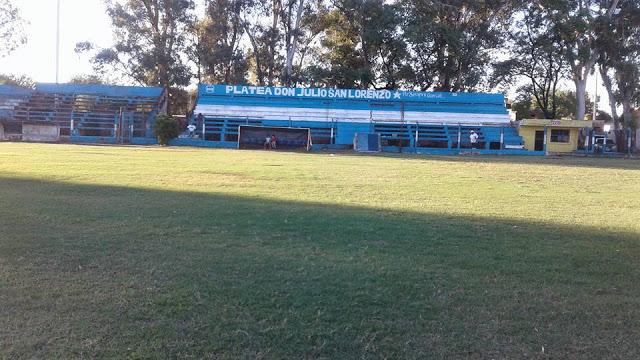 cancha de Estudiantes de Huaico Hondo1