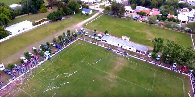 cancha de Huracán FC de Carlos Tejedor4