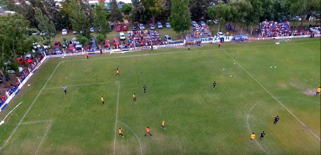 cancha de Huracán FC de Carlos Tejedor1