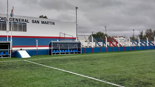 cancha de Atlético Neuquén5