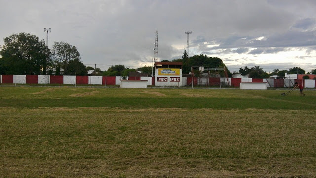 cancha de Independiente FBC de Hernandarias1