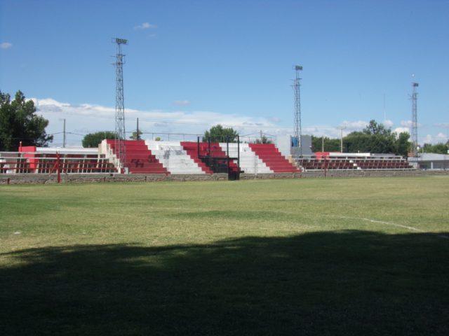 estadio Miguel Catuogno tribuna