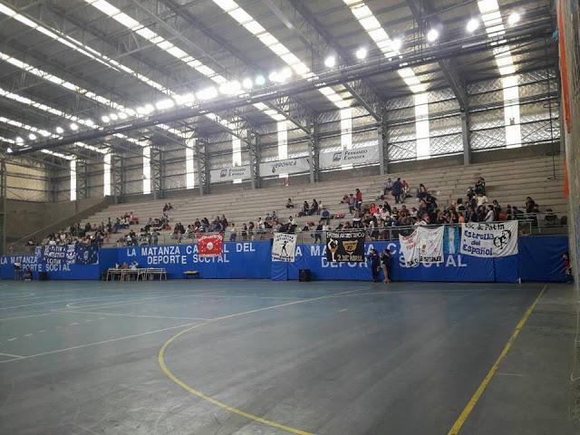 Cultural y Deportivo Juan Perón tribuna