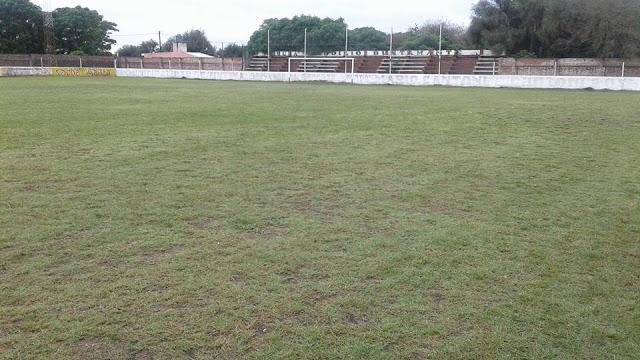 cancha Sportivo Tintina tribuna