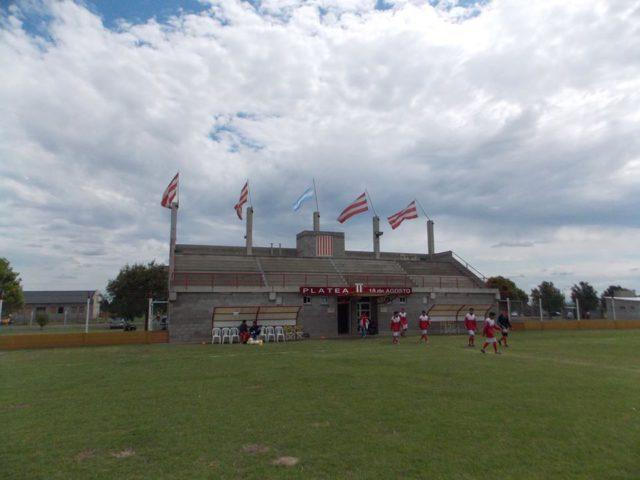 estadio Campaña Carcaraña tribuna