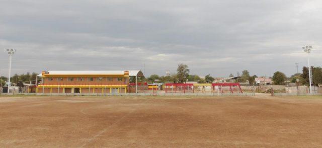 Barrio Sarmiento Castelli tribuna