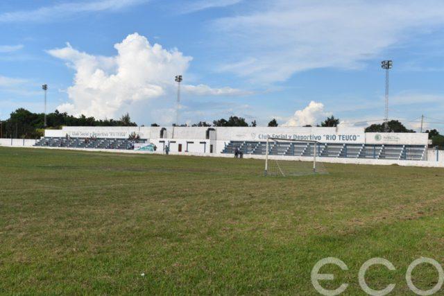 cancha Deportivo Río Teuco tribunas
