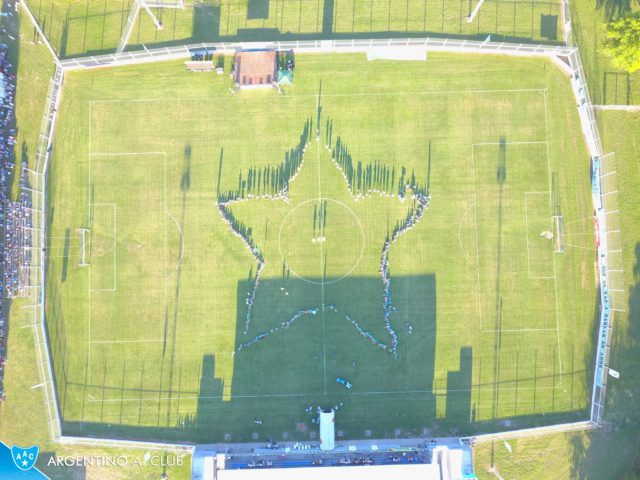 estadio Argentino (Las Parejas)